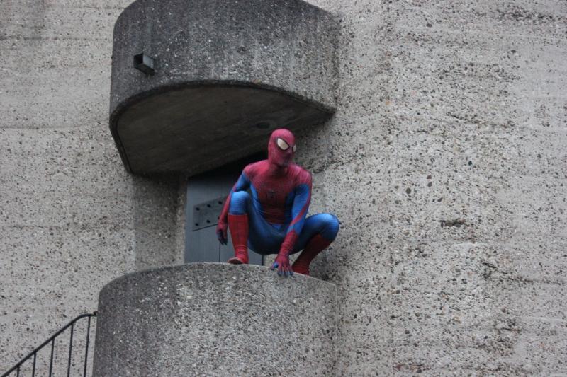 Spiderman auf der Kirche im Kinderdorf