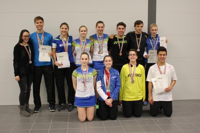 Gruppenfoto Medaillengewinner TV Refrath